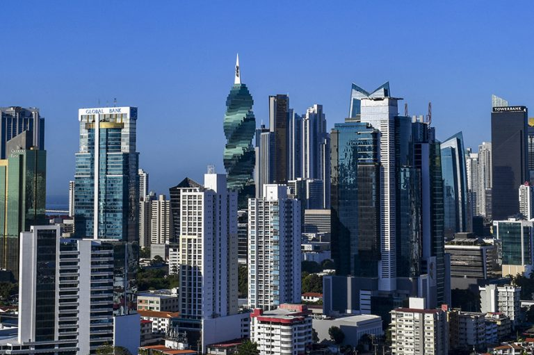 Pandora όπως… Panama. Δικηγορικό γραφείο στον Παναμά πίσω από τη νέα παγκόσμια φορολογική απάτη