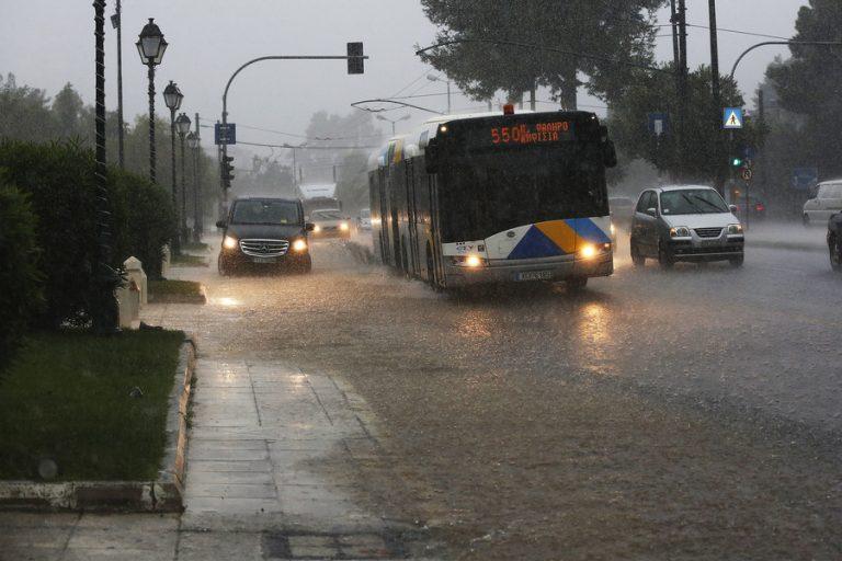 Η βροχόπτωση της Πέμπτης αντιστοιχεί στο 1/3 της ετήσιας βροχόπτωσης σε κάποιες περιοχές