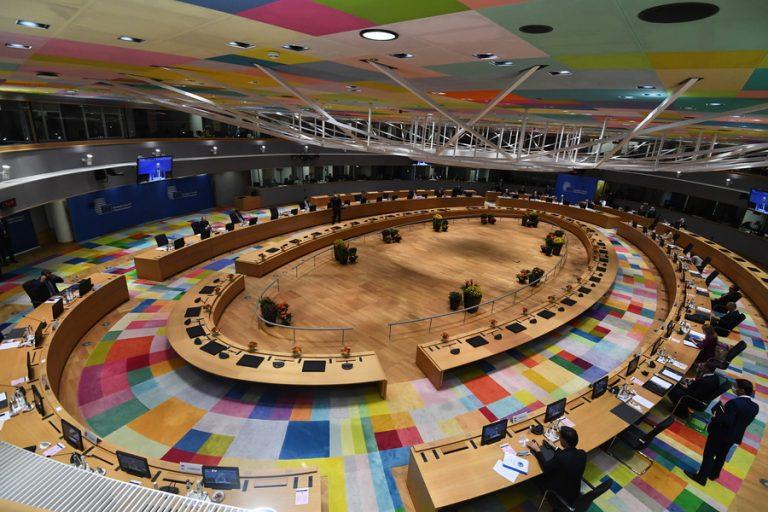 Ευρωπαϊκό Συμβούλιο προς κράτη-μέλη της ΕΕ: Είναι επείγον να ανακουφιστούν οι καταναλωτές από τις υψηλές τιμές ενέργειας